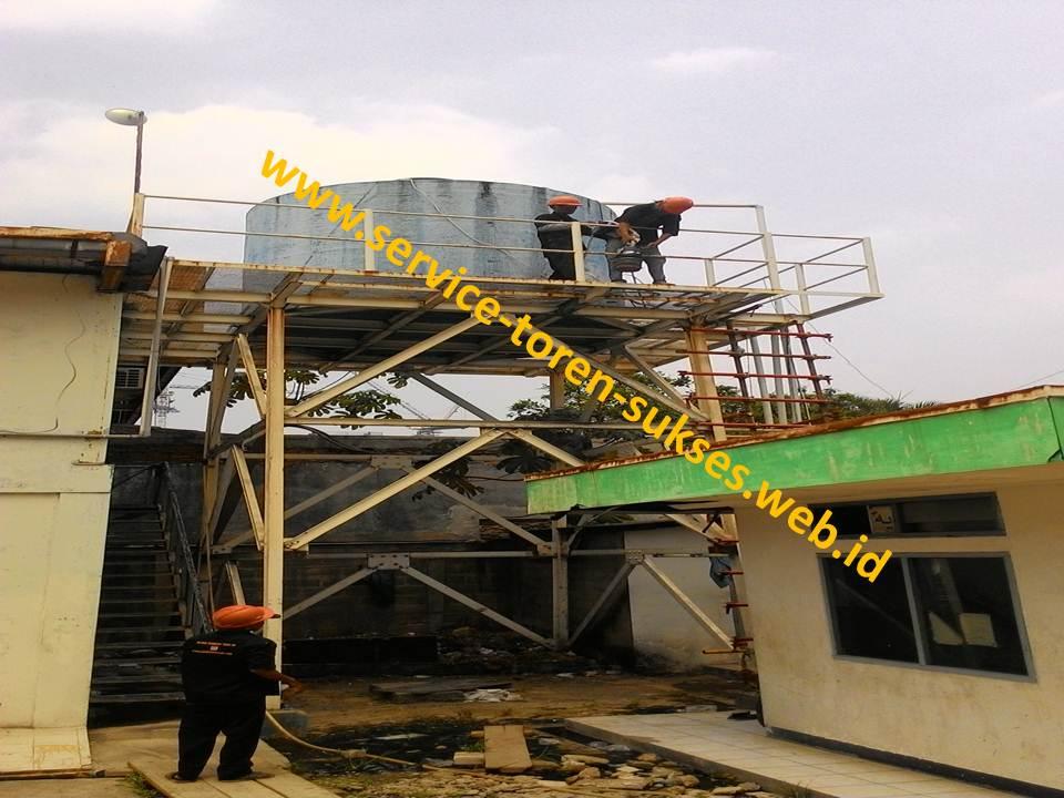 pembersihan roof tank